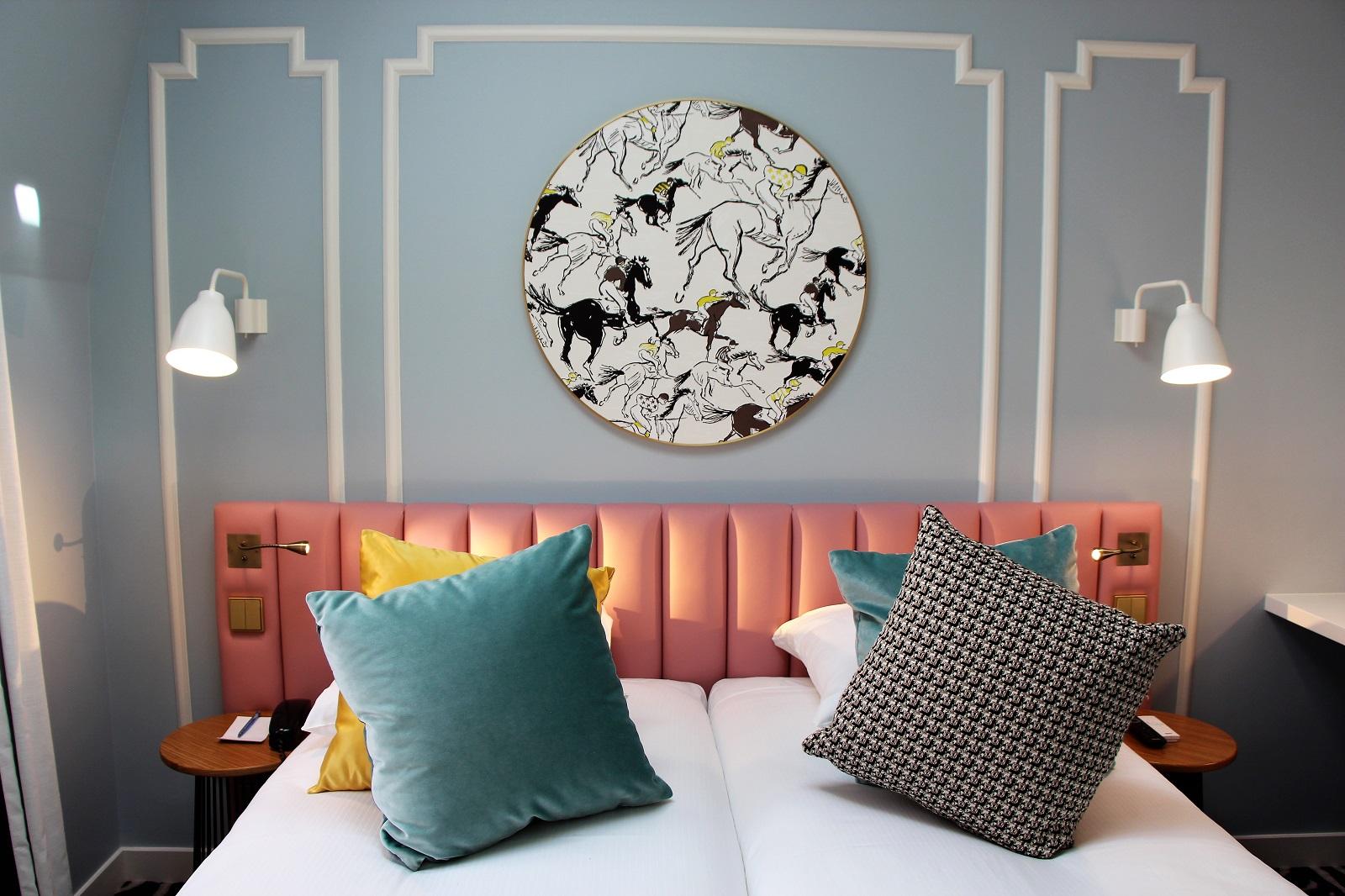 hotel-pastel-stephanie-caumont